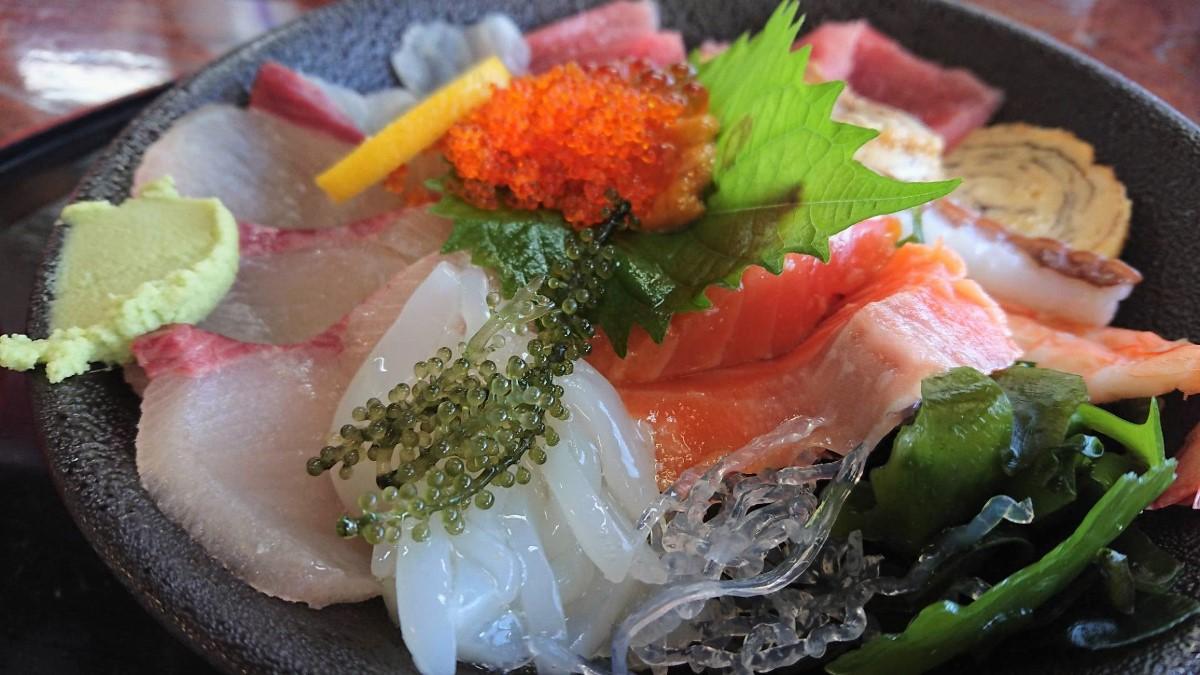 魚庄 海鮮丼