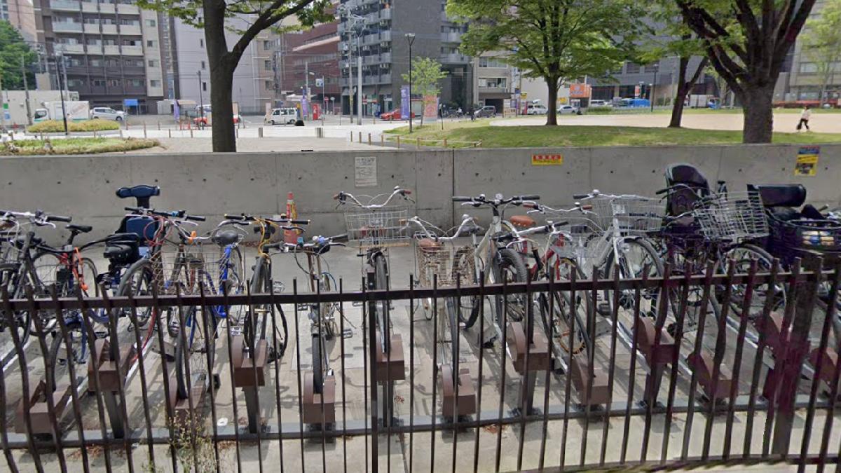 出来町公園自転車駐輪場