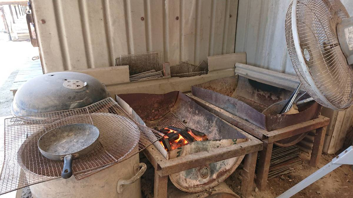 HARBOR HOUSE BBQ GARDEN